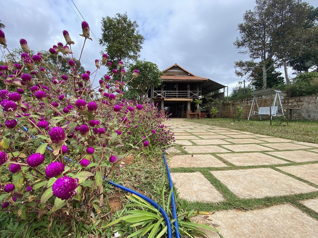 Homestay Gia Lai với nhà sàn gỗ Plei Homestay
